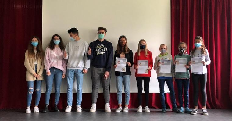 Die Siegerinnen des Schreibwettbewerbs 2020